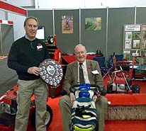 paul errington receiving best stand award